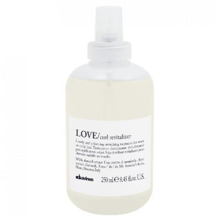 DAVINES ESSENTIAL HAIRCARE LOVE CURL REVITALIZER 250ml / Tratamiento revitalizante / aporta elasticidad al cabello rizado y ondulado