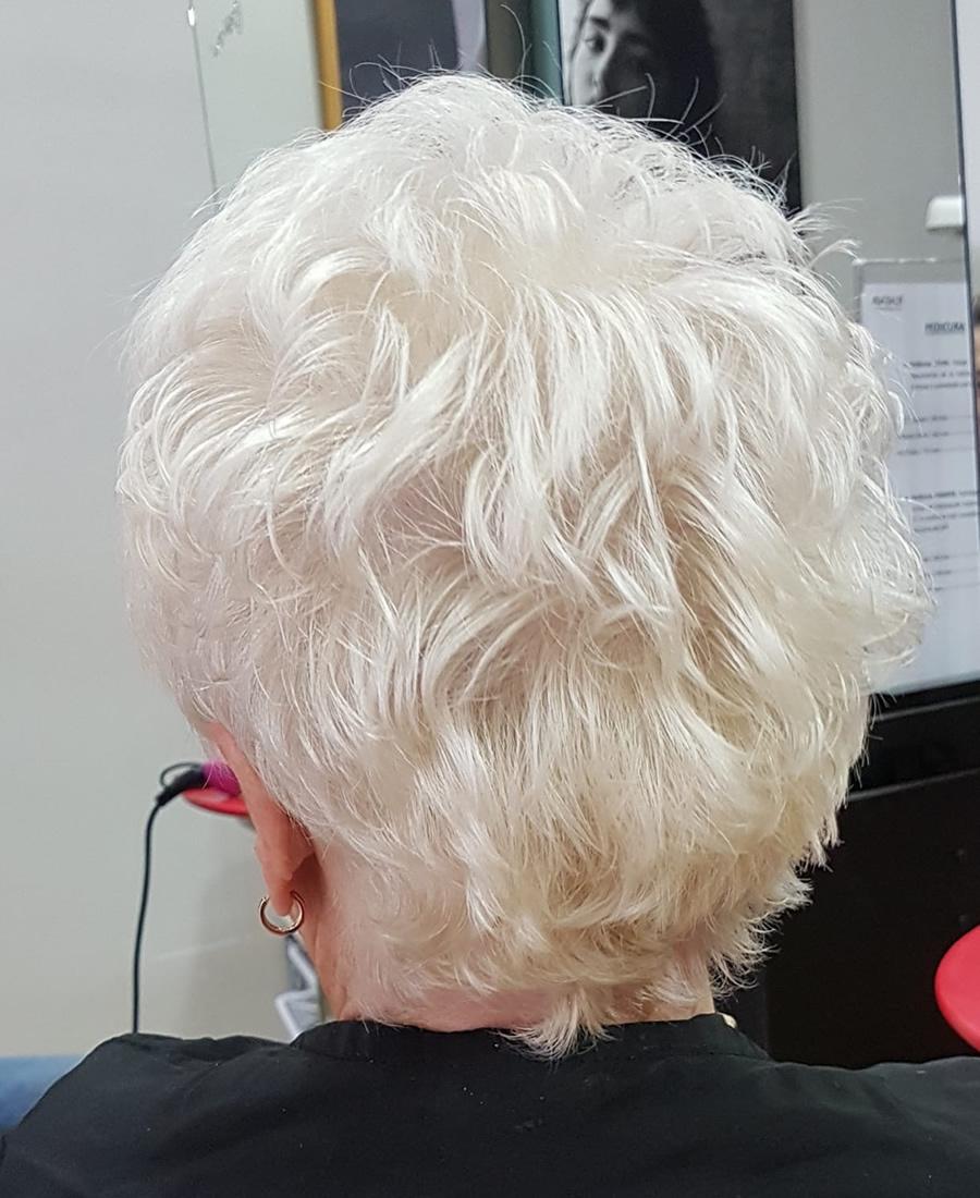 coloracion cabello color blanco