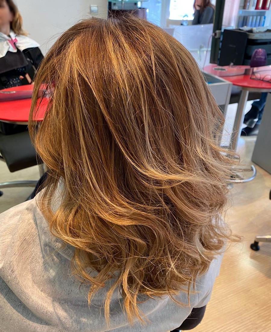 coloracion cabello mechas rubias
