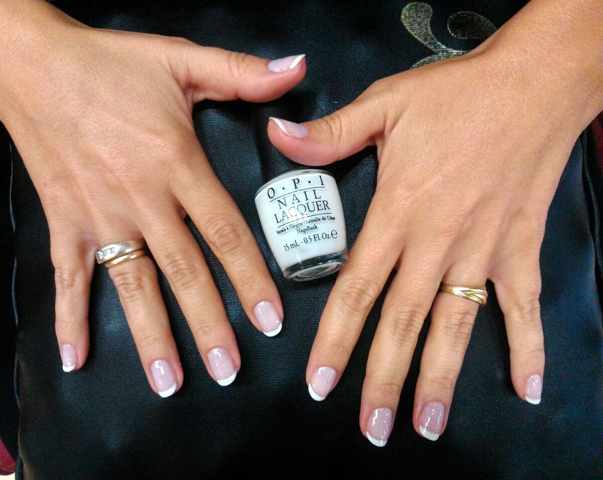 manicura francesa uñas opi